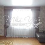 Серые шторы в комнате