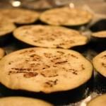 Как приготовить баклажан с сыром