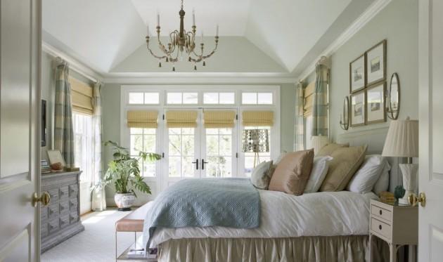 Белая спальня смотрится красиво
