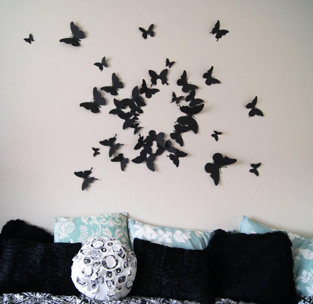 Как красиво наклеить бабочек на стену: композиции и оформление