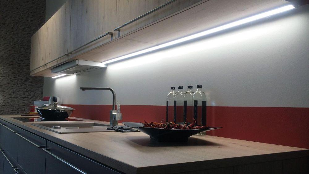 Подсветка для кухни, кухонная подсветка - купить светильник для подсветки кухни под шкаф в Москве